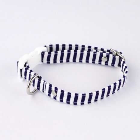 Dog_collar_-_navy_and_white_stripes_-_1_euxokt